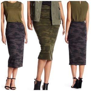 Sanctuary Camo Ponte Skirt